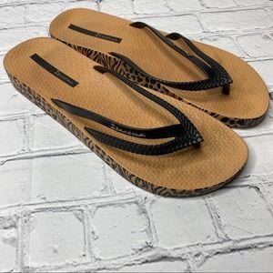 3/$25 Ipanema Cheetah Flip Flops Sandals Tan Black